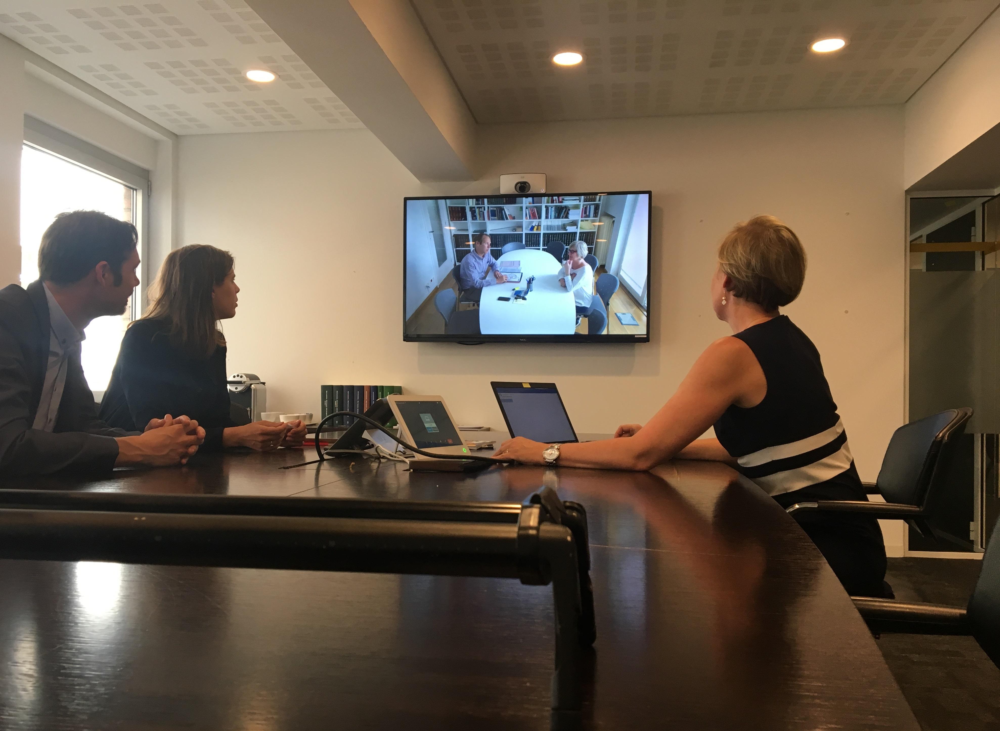 La crise liée au coronavirus fait fortement augmenter le nombre d'actes notariés passés par vidéoconférence